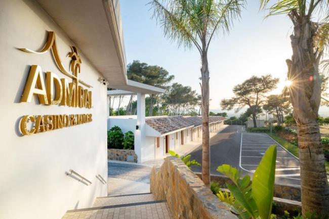 Novomatic-inaugura-su-hotel-exclusivo-para-mayores-de-18-anos-junto-al-Casino-Admiral-San-Roque-1